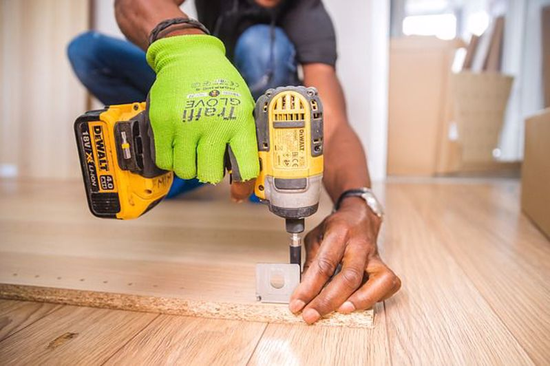 How to Buy a Power Drill