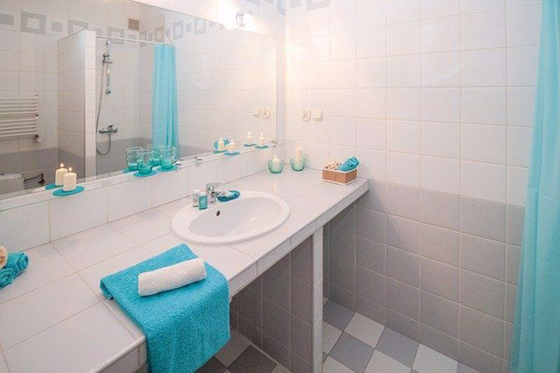 Makeover your Bathroom with Lowes for under $100