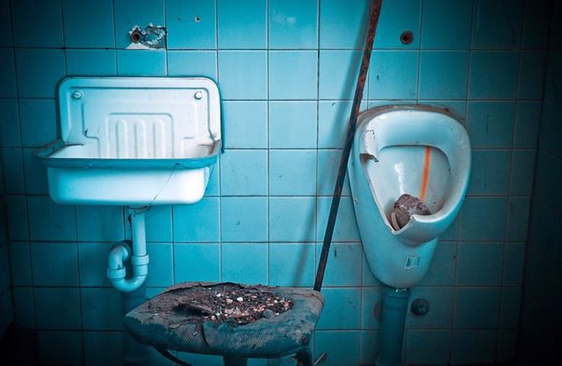 Signs you need a new bathroom